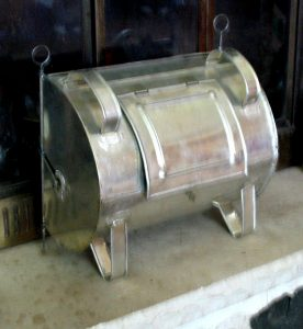 """Unfinished Tin Kitchen (a.k.a. """"reflector oven"""")"""